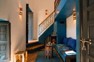 Sala com decoração marroquina