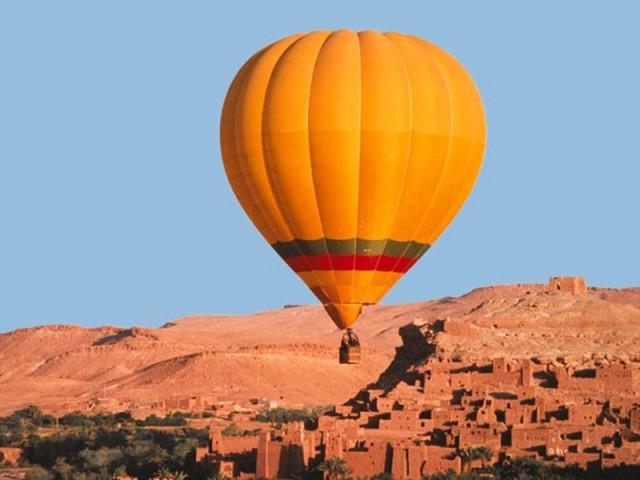 Viagem De Balao Em Marrocos
