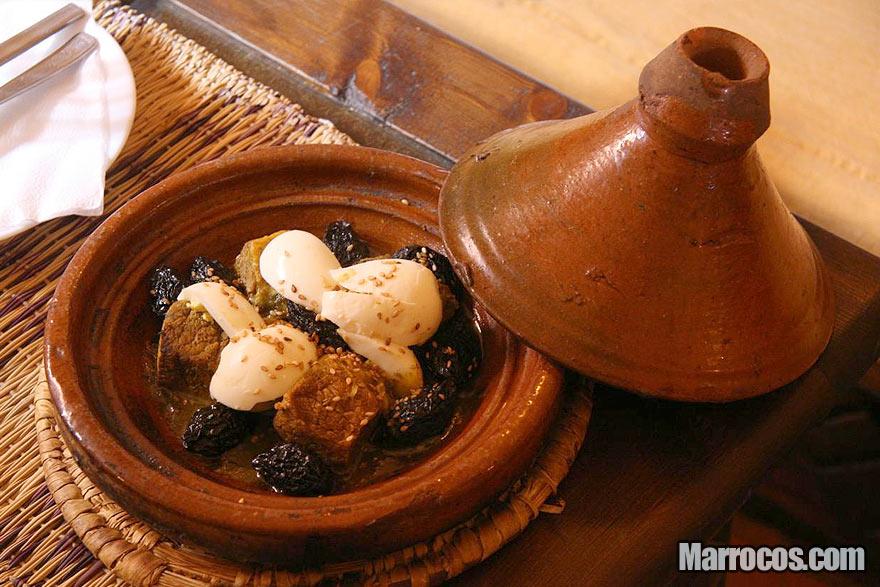 Receita de tagine com carne e ovos