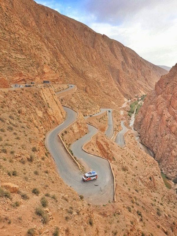 Estrada Tissedrine em Marrocos