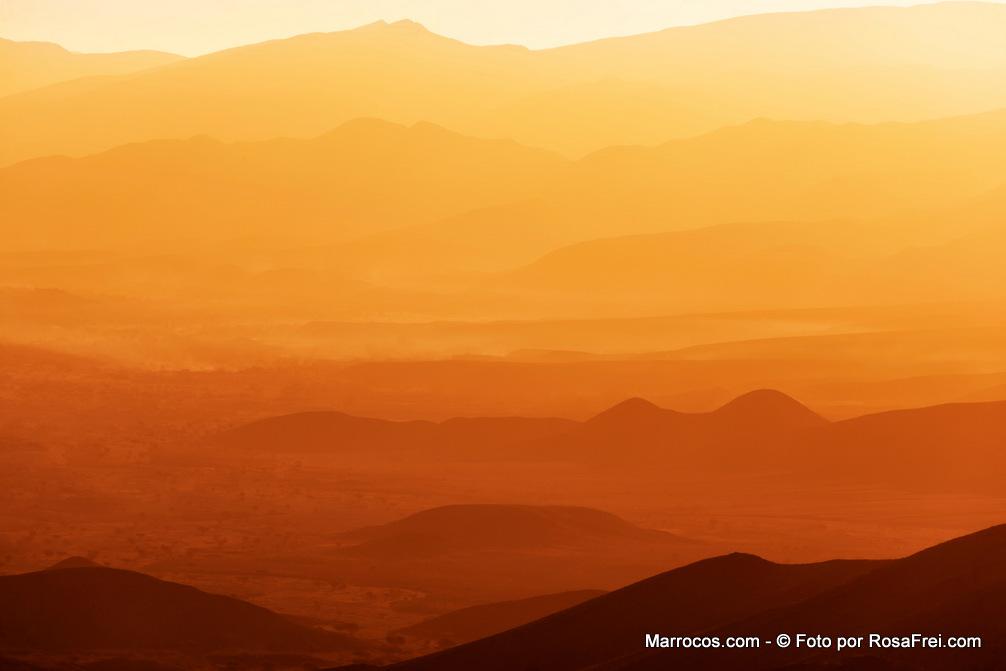 Nascer do Sol no Vale do Draa em Marrocos