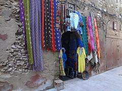 Loja com turbantes à venda em Marrocos
