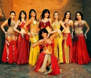 Grupo de dançarinas de Dança Oriental