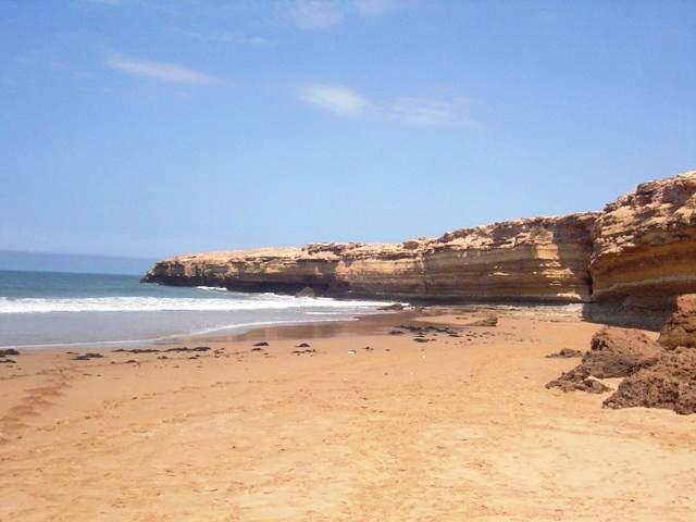 Praia de Sidi Kaouki em Marrocos