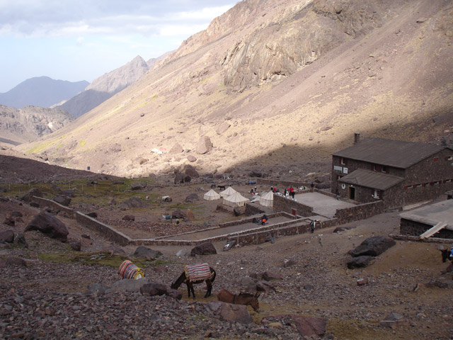 Refugio de Montanha a caminho do topo do Toubkal
