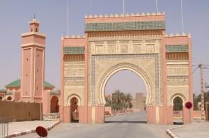 Porta de Rissani em Marrocos